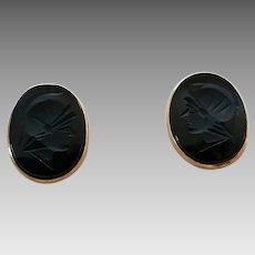 Vintage 14K Gold Carved Black Onyx Ancient Soldier With Helmet Intaglio Cufflinks