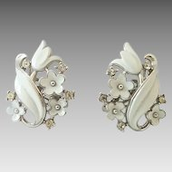 Vintage Crown Trifari White Enamel Rhinestone Flower Tulip Clip Earrings