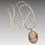 Vintage 14k Gold Petite Cameo Pendant On Chain Necklace