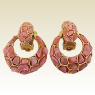 Vintage Swoboda Coral Pebbles Doorknocker Clip Earrings