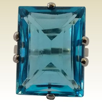Vintage Large Sterling Silver Emerald Cut Aqua Blue Glass Cocktail Ring Size 8 1/2