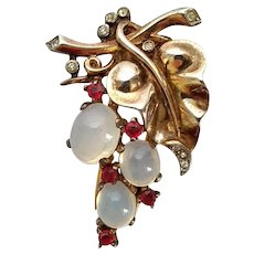 Vintage Crown Trifari Sterling Silver Moonstone Glass Bunch Of Grapes Fur Clip