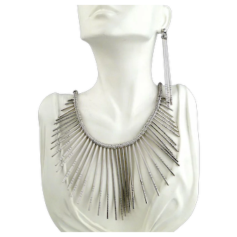 Outstanding Necklace and  Earrings Set. Native American Handmade. Sterling Silver