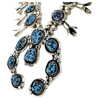 Vintage. Native American Squash Blossom Nugget Turquoise Silver Necklace.