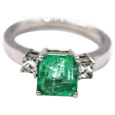 Natural 2CT Colombian Emerald and Diamond 14KT White Gold Ring