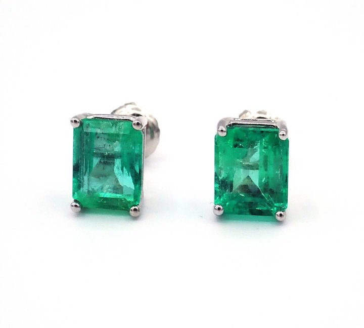 3 71ct Natural Colombian Emerald Earrings 14kt Gold