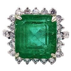 13.15CT Natural Colombian Emerald and Diamond 14KT White Gold Ring