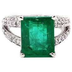4.6CT Natural Colombian Emerald and Diamond 14KT White Gold Ring