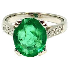 2.5CT Natural Colombian Emerald and Diamond 18KT White Gold Ring