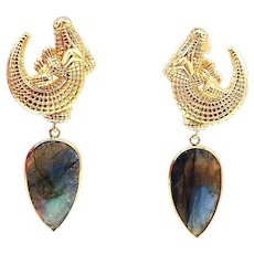 35 CT Labradorite Alligator Earrings in 14KT Yellow Gold