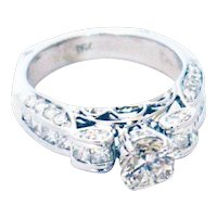 2.5 CT Unique Elegant Natural Round Cut Diamond Engagement Ring in 18KT White Gold
