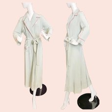 1940's Evelyn Pearson Lounging Robe
