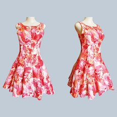 1950's - 60's Style Summer Circle-Skirt Sleeveless Dress