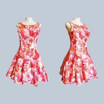 1950's - 60's Style Summer Circle-Skirt Sleeveless Dress