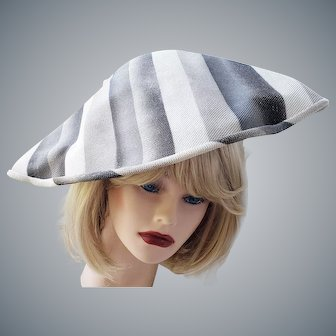 Avant Garde 1950's - 60's Sophisticated Hat