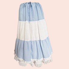 Do-Si-Do, Away you Go in Gingham and Eyelet