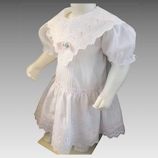 Sweet Eyelet Dress for a Sweet Little Girl
