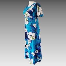 ALOHA, from Honolulu....Gorgeous Hawaiian Dress
