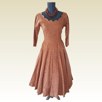 Ruth's Toggery Mocha Lace Dress.....Mmmmmm so Tasty!