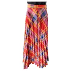 Pleats 'n Plaid 'a Plenty--1970's Skirt