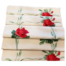RED Roses, Roses, Roses Table Runner