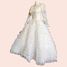 ON-HOLD----Reserved!!    Satin & Lace Ruffled Fairy-tale Wedding Gown