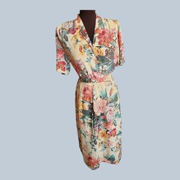Summertime Shirtwaist Set - Abounding in Florals!