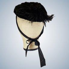 VICTORIAN 1870's - 90's Velvet 'Mourning Hat'
