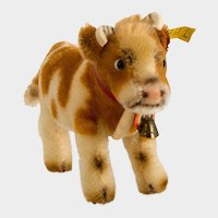STEIFF COW BESSIE; Mint Ear tag and Button; Produced 1958