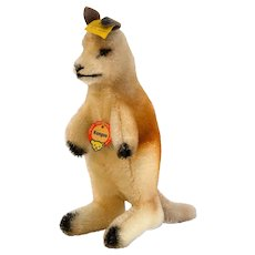 """4374 STEIFF Less Seen Male Kangaroo Without Pouch and Joey; 7"""" Tall -1959"""