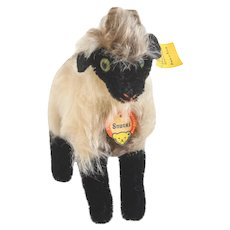 STEIFF RAM SNUCKIE 1959 German Sheep With Off-White Body and Black Feet