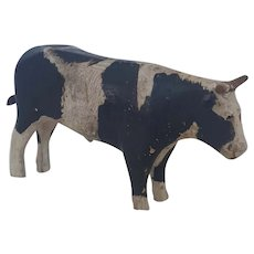 Antique C. 1900 Folk Art Black & White Cow Carving