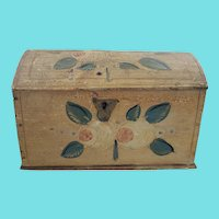Rare 19th C. Folk Art Floral Design Dome Top Box w/Original Snipe Wire Hinges & Lock