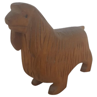 Vintage Naive PA. Folk Art Spaniel Dog Carving From My Collection