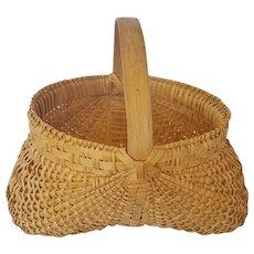 Vintage Handmade Primitive Folk Art Buttocks Basket