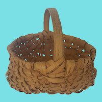 Diminutive Vintage Primitive Folk Art Buttocks Basket