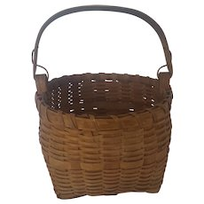 Diminutive Vintage Northeast Native American 2-Tone Swing Handle Basket