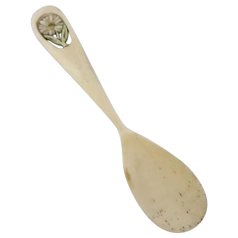 19th C. Maritime Sailor's Art Carved Oxbone Condiment Spoon With Flower Design