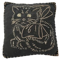 Vintage 1930's Folk Art Embroidered Cat Pin Cushion