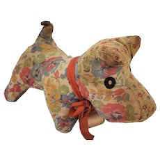 Vintage 1940's-50's Floral Fabric Scotty Dog Pin Cushion Whimsy from my Collection
