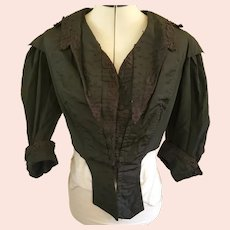 Beautiful Antique Victorian Silk Taffeta Mourning Blouse in Wonderful Condition