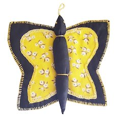 Near Mint Vintage Folk Art Butterfly Pot Holder