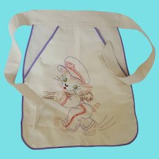 Vintage Clothespin Bag With Embroidered Cat Holding Clothespin Design