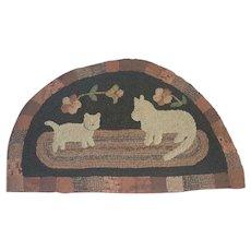 Vintage Folk Art Mama Cat & Kitten Semi-Circle Hooked Rug