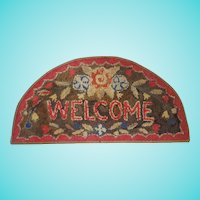 "Vintage Semi-Circle Floral Design ""Welcome"" Hooked Rug"