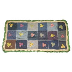 Antique Handmade Canadian Folk Art Flower Design Penny Rug