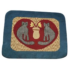 Near Mint Vintage Naive Folk Art Cats and Vase Design Hooked Rug