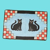"""Charming 26"""" x 18"""" Vintage 1930's Smiling Black Cats Hooked Rug"""
