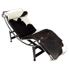 Le Corbusier LC4 Chaise Lounge Chair with Cow Hyde Leather