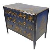 18th century English Chinoiserie Blue Japanned Chest of Drawers
